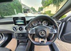 2017 Mercedes-Benz CLA 250 sedan