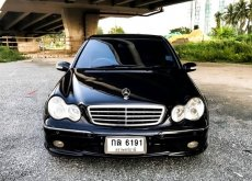 2004 Mercedes-Benz C200 Avantgarde sedan