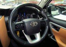 2015 TOYOTA FORTUNER 2.8 V 4WD / NAVIGATOR *ฟรีดาวน์ *จัดได้เต็ม *ดอกเบี้ยถูก เริ่ม 2.79% *รับประกันเครื่องและเกียร์ 1 ปี