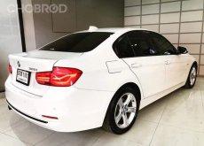 BMW 320i 2.0 Sport LCI F30 ปี2015