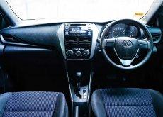 ขายดีรถมือสอง Toyota Yaris Eco 1.2 J Hatchback A/T ปี 2017