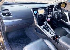 Mitsubishi Pajero 2.4  GT เบาะไฟฟ้า Navi ออฟชั่นเต็ม