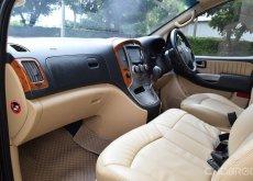 Hyundai H-1 2.5 (ปี2014) Deluxe Van AT