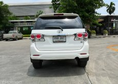 TOYOTA FORTUNER 2.7 V. 2WD.CHAMP. AT ปี 2013 สีขาว
