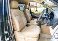 2016 Hyundai H-1 2.5 Elite รถตู้/MPV ภายในสวยใสสะอาด แอร์หนาว เครื่องเกียร์ดี ช่วงล่างแน่น