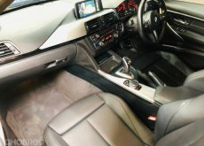 2016 BMW 320d M-Sport รถศูนย์ สีพิเศษ ไมล์ 8x,xxx km. Bsi เหลือ