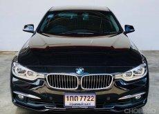BMW 330e Luxury (F30) สีดำ ปี2016 จด2017