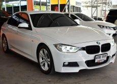 2015 BMW 320i M Sport รถเก๋ง 4 ประตู