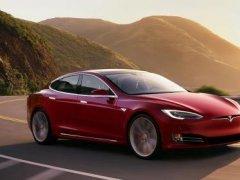 "Tesla เปิดตัว ""Chill Mode"" ผู้ช่วยลดเสียงขณะเร่งเครื่อง"