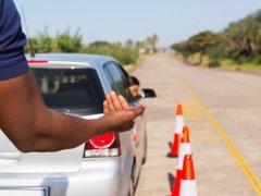 คุมเข้ม! กรมขนส่งฯ ให้สแกนลายนิ้วมือ-ติดกล้อง เมื่อสอบใบขับขี่ผ่านโรงเรียนสอนขับรถ