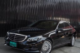 2013 Mercedes-Benz E300 Bluetec Hybrid (W212 Facelift) ดำ