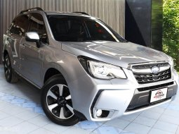 2016 Subaru Forester 2.0i-p ฝาท้ายไฟฟ้า ตัว TOP สุด มือเดียวออกห้าง สีเดิมทุกชิ้น Service ศูนย์ตลอด
