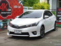 Toyota Corolla Altis 1.8 ESPORT รถเก๋ง 4 ประตู