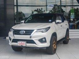 ขายรถ Toyota Fortuner 2.8 TRD Sportivo 4WD ปี 2017