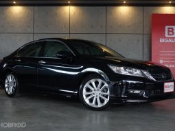 2014 Honda Accord 2.4 TECH Sedan AT (ปี 13-17) B8808