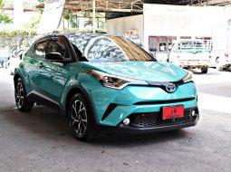 ขายรถ Toyota C-HR 1.8HV Mid ปี2019 SUV