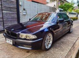 2003 BMW 730iL E38 รถเก๋ง 4 ประตู