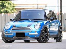 Mini Cooper One  ปี 2012