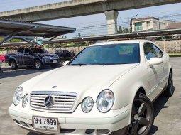 ขายรถ 2012 Mercedes-Benz CLK200 Kompressor Avantgarde รถเก๋ง 4 ประตู