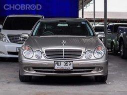 2004 Mercedes-Benz E240 Avantgarde รถเก๋ง 4 ประตู