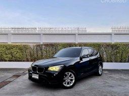 จองให้ทัน BMW X1 1.8 i S-DRIVE ปี15 สีดำ เบนซิน 2000cc. (พวงมาลัยเบา) รถหรูยอดนิยม