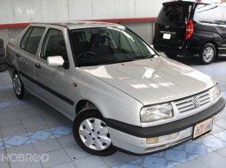 1997 Volkswagen Vento 1.8 GL รถเก๋ง 4 ประตู