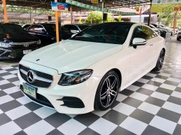 BENZ E 200 Coupe' AMG Dynamic สีขาว Polar White ปี 2019