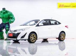 1P-159 Toyota YARIS 1.2 J รถเก๋ง 4 ประตู ปี 2017