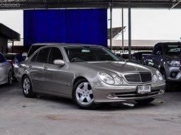 Benz E240 Avantgarde ปี 2004