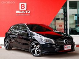 2014 Mercedes-Benz A250 2.0 W176  Sport Hatchback AT (ปี 12-16) P250