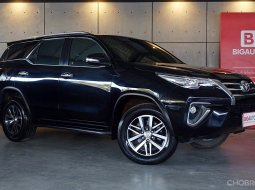 2016 Toyota Fortuner 2.4  V SUV AT (ปี 15-18) B1838
