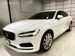 2018 Volvo S90 2.0 D4 Momentum รถเก๋ง 4 ประตู