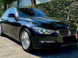 BMW F30 320i Luxury TwinPower Turbo