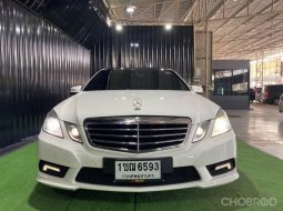 MERCEDES BENZ E200CGi  7speed (W212) AMG PACKAGE PANORAMIC GLASS ROOF Yr2013 Ext/ballon white Int/black