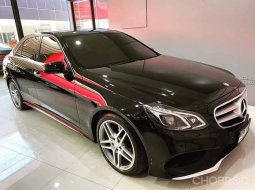 Mercedes Benz E200 CGI Sedan AMG ปี 2015