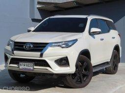 2017 Toyota Fortuner 2.8 TRD Sportivo 4WD SUV