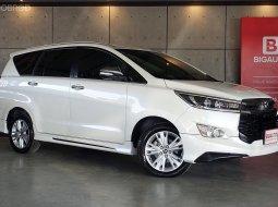 2017 Toyota Innova 2.8 Crysta V Wagon AT (ปี 16-20) B9458