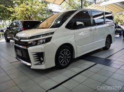 2015 Toyota Voxy 2.0 JS รถมือเดียว ไมล์ 176,xxx km.