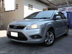 Ford Focus 2.0 Ghia Sedan AT ปี 2011 [Minor change] มือเดียว