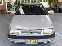 1997 VOLKSWAGEN Vento CL 1.8 AT
