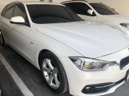 ขายรถ  BMW SERIES 3 320i sport LCI ปี2016 รถเก๋ง 4 ประตู