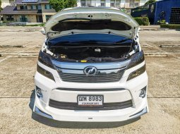 2011 Toyota VELLFIRE 2.4 V รถตู้/MPV
