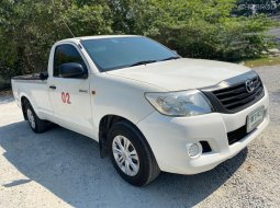Toyota Hilux Vigo Champ 2.7 CNG โรงงาน MT ปี2016 สีขาว เกียร์ธรรมดา ตอนเดียว