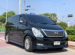 🚩HYUNDAI H-1 2.5 GRAND STAREX VIP ปี 2012 สีดำ