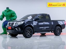 5D-95 Nissan Frontier Navara 2.5 Calibre รถกระบะ   ปี 2017