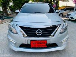 Nissan Almera 1.2 E SPORTECH รถเก๋ง 4 ประตู