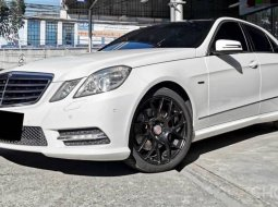 Mercedes Benz E 200 AMG Package ปี 2012 (MNC เกียร์ 7 Speed)
