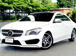 Mercedes Benz CLA250 COUPE AMG 2015 ไมล์ 77,xxx km หลังคาแก้ว Panoramic Glass Roof
