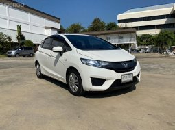 2015 Honda JAZZ 1.5 S i-VTEC รถเก๋ง 5 ประตู