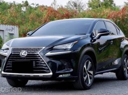 + Lexus NX300 2.0T Grand Luxury Minorchnage ปี 2018 รถศูนย์ Lexus Thailand เจ้าของเดียวประวัติครบ วิ่งน้อย+